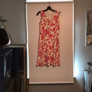 Loft pink and white floral dress size 2